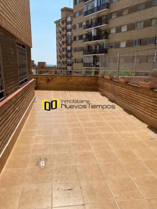 Pisos Venta Zaragoza Zaragoza Torrero - La Paz Calle Cuarta Avenida<br>Espectacular terraza de 86 m2.